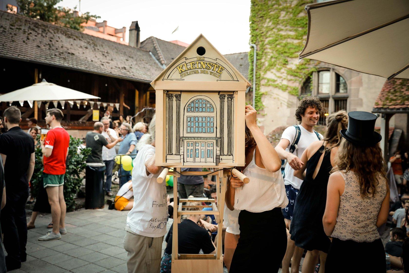Vorstellung Das Kleinste Theater Der Welt im Kulturgarten, KunstKulturQuartier Nürnberg